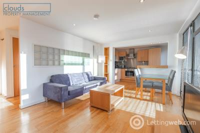 Property to rent in Annandale Street