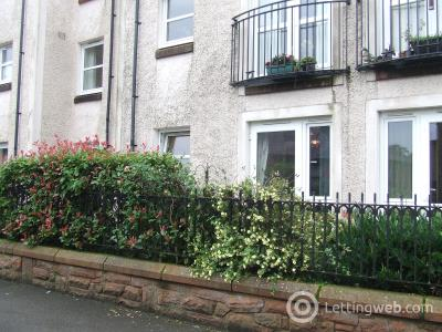 Property to rent in 14 MURRAY COURT, ANNAN, DG12 6FD