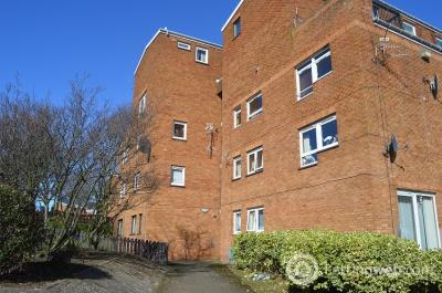 Property to rent in 1 KINNAIRD STREET, DD3 6NX