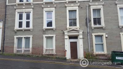 Property to rent in Flat D, 63 Constitution Road
