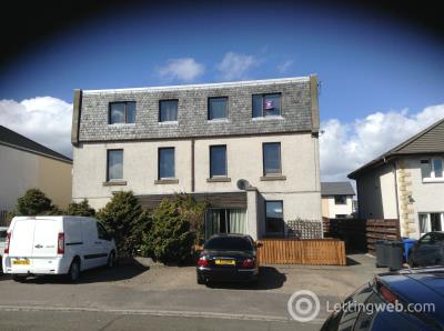 Property to rent in 21B St Mary's Road