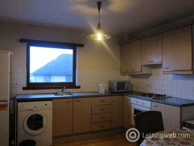 Property to rent in 24 Whistlers Way, Dundee