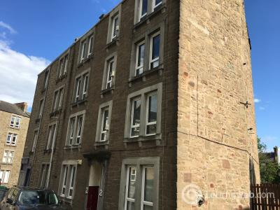 Property to rent in 2 Abbotsfor Place, (2nd Floor), Dundee, DD2 1DJ.