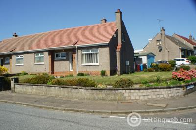 Property to rent in 44 Dalrymple Terrace, Dundee.
