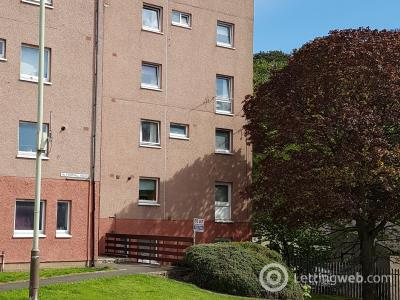 Property to rent in 16 Forthill Road, Broughty Ferry, Dundee
