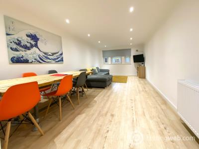 Property to rent in 1097 Tollcross Road