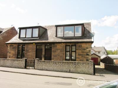 Property to rent in Glen Road Wishaw