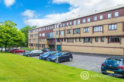 Property to rent in Braehead Road Cumbernauld