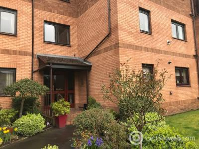 Property to rent in Millholm Road, Netherlee, Glasgow, G44 3YB