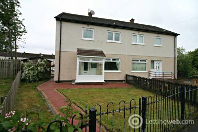 Property to rent in Wood Crescent