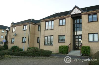 Property to rent in Castle Court, Kirkintilloch, Glasgow, G66 1LL