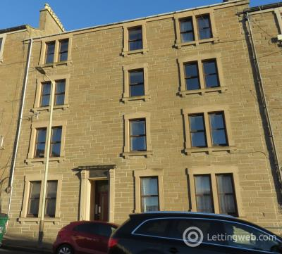 Property to rent in 33 Provost road G/1