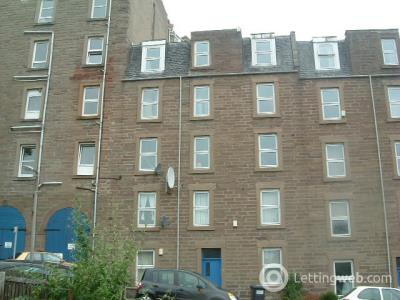 Property to rent in 9 Parker Street 1/2