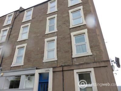 Property to rent in 67 Church Street 1/2