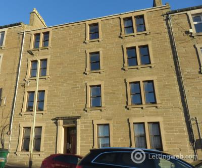 Property to rent in 33 Provost road 2/2