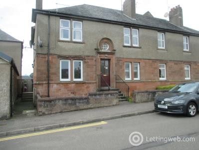 Property to rent in 18 Tay Street Monifieth