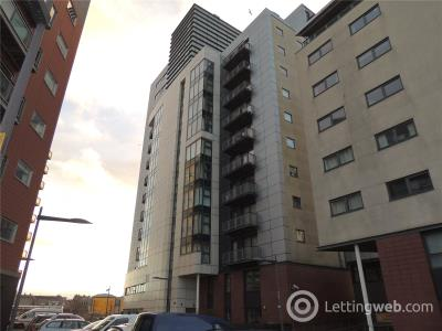 Property to rent in 8/4, 10 Castlebank Drive, Glasgow, (Ref:61111236), G11