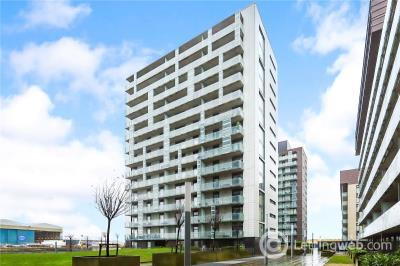 Property to rent in 13/1, 354 Meadowside Quay Walk, Glasgow, Lanarkshire, G11
