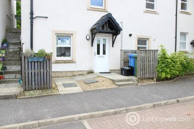 Property to rent in Corthie Court