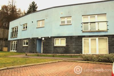 Property to rent in Bluebell Walk
