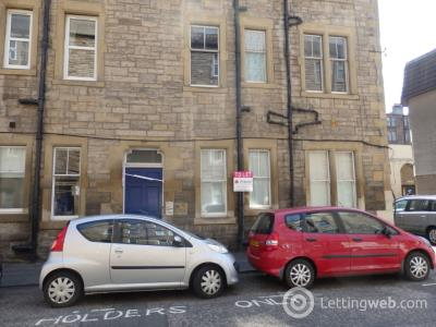 Property to rent in Lochrin Place, Tollcross, Edinburgh, EH3 9QT