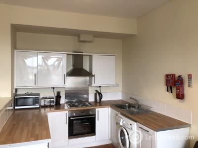 Property to rent in 32 SEAGATE DUNDEE