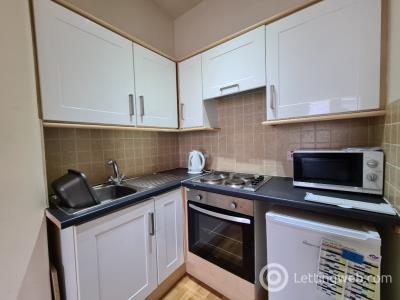 Property to rent in Hawkhead Road, Paisley, Renfrewshire, PA2 7BA