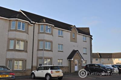 Property to rent in 3J Kestrel Way, Dunfermline, KY11 8JR