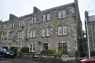 Property to rent in 26E Brucefield Avenue