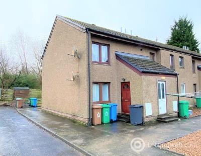 Property to rent in 8 Stewart Street, Townhill, Dunfermline
