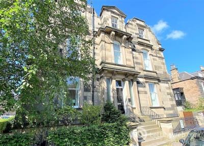 Property to rent in Flat 1, 4 Merchiston Avenue, Edinburgh