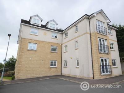Property to rent in 11 Stewartfield Grove