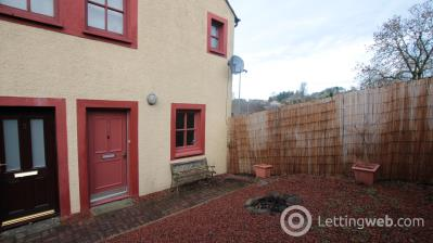 Property to rent in Kirk Street, Strathave