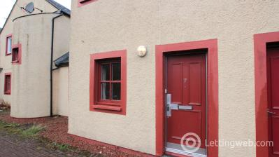 Property to rent in Kirk Street, Strathaven