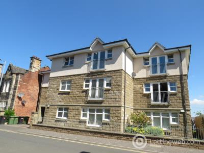 Property to rent in Woodside Walk, Hamilton