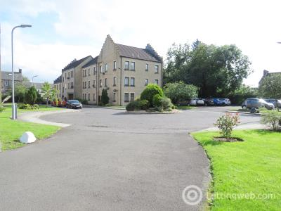 Property to rent in Weirs Gate, Strathaven