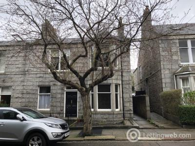 Property to rent in Albury Place, Aberdeen