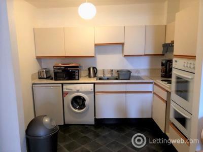 Property to rent in Castle Street, Aberdeen