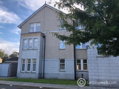 Property to rent in Polmuir Gardens, Ferryhill, Aberdeen, AB11 7WE