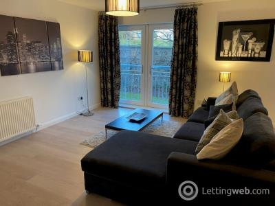 Property to rent in Queens Crescent , West End, Aberdeen, AB15 4BE