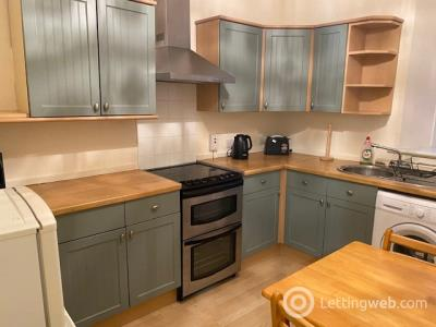Property to rent in Menzies Road, Torry, Aberdeen, AB11 9AU