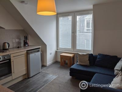 Property to rent in Ashvale Place, City Centre, Aberdeen, AB10 6PX