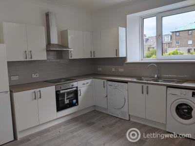 Property to rent in Walker Road, Torry, Aberdeen, AB11 8DL