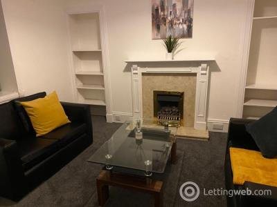 Property to rent in Raeburn Place, Rosemount, Aberdeen, AB25 1PP