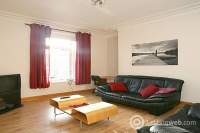 Property to rent in Whitehall Place, City Centre, Aberdeen, AB25 2PB