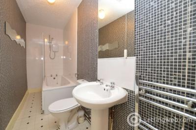 Property to rent in Wellside Drive, Cambuslang, South Lanarkshire, G72 8TA