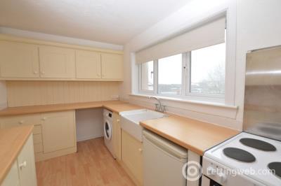 Property to rent in Salisbury, Calderwood, East Kilbride, South Lanarkshire, G74 3QE