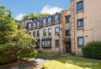 Property to rent in Carron Gardens, Stonehaven, Aberdeenshire, AB39 2FE