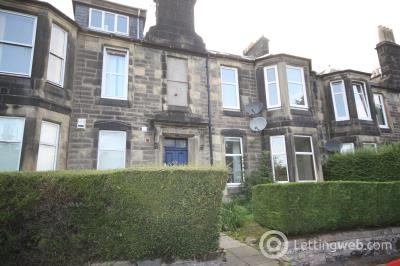 Property to rent in Wallace Street