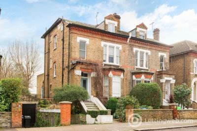 Property to rent in The Avenue, Kilburn, London, NW6